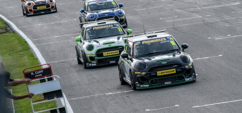AWE – Brands Hatch Mini Fest Weekend Over!